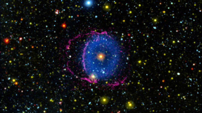 C1-blue-ring-nebula-galex-wise-1041