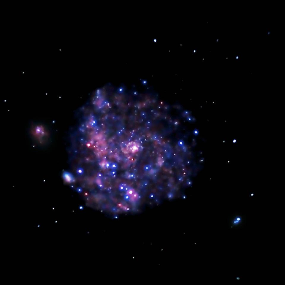 Spiral Galaxy M101 - Chandra X-ray Observatory - NASA